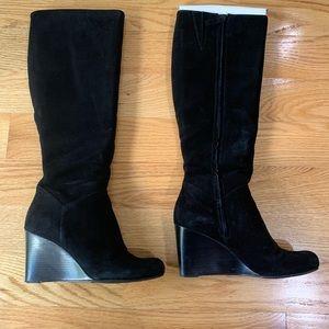 Cole HANN  Nike air Cora wedge boot. Size 7